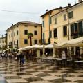 Lazise: náměstí Piazza Vittorio Emanuele