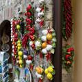 Sirmione: obchod s keramikou na Via Vittorio Emanuele