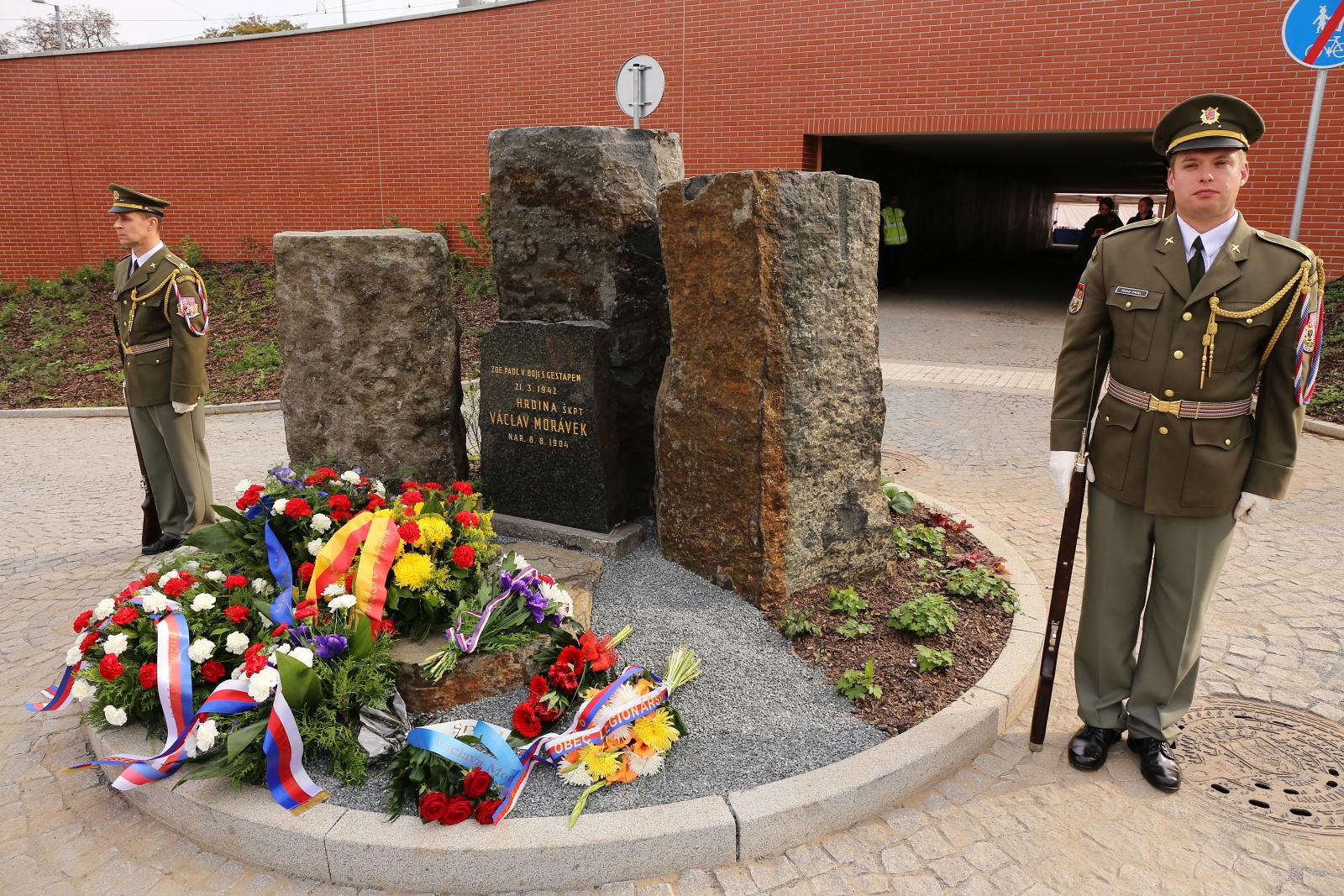 Odhalení pomníku kpt. Morávka