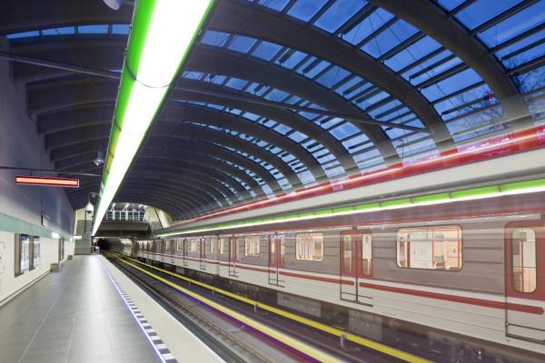Metro V.A: stanice Nemocnice Motol (foto archiv HOCHTIEF CZ a.s.)