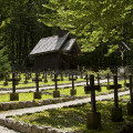 Vojenský hřbitov u lanovky v Ukancu