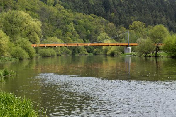 Lávka přes řeku Sázavu u Zbořeného Kostelce (foto archiv HOCHTIEF CZ a.s.)