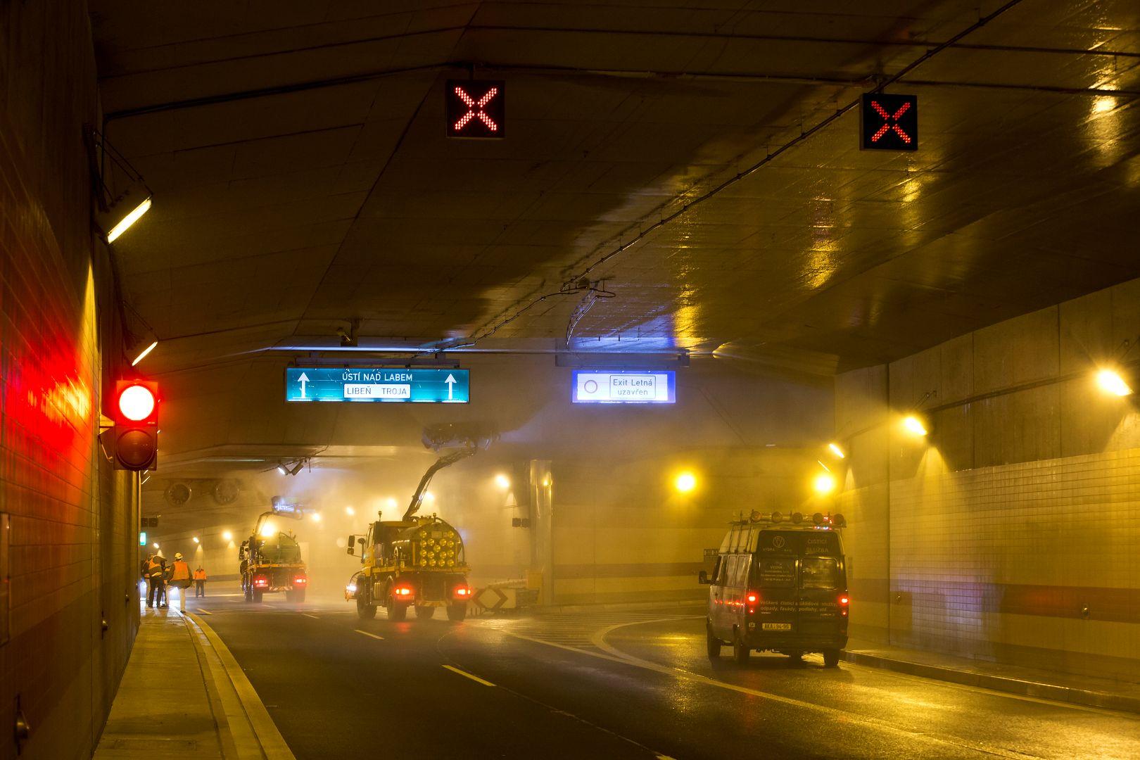 Tunelový komplex Blanka - údržba a mytí